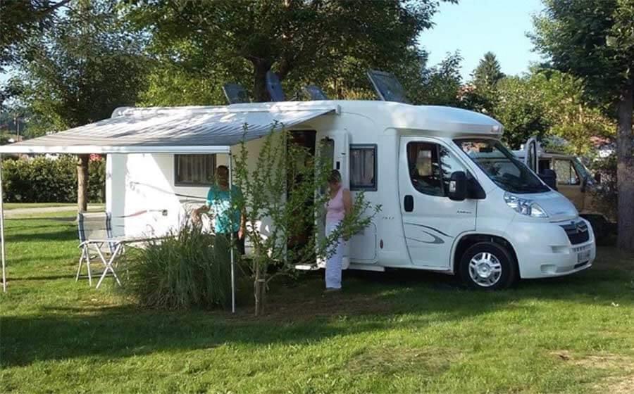 aire pour camping car à Hasparren